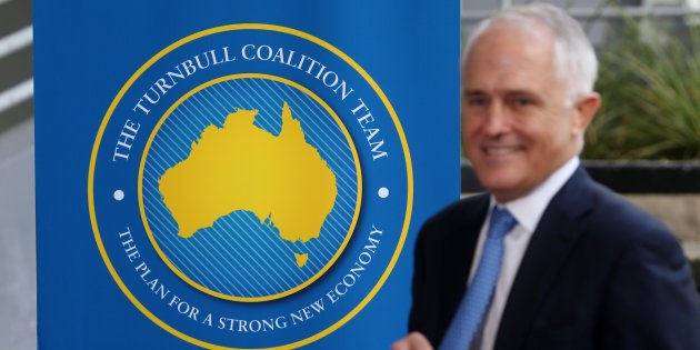 turnbull-and-logo